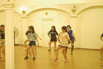 [THÁI THỊNH] Khai trương buổi đầu tiên lớp học nhảy tại cơ sở 4 – 25 Thái Thịnh