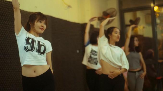 Tự học nhảy hiện đại ở nhà - 149195