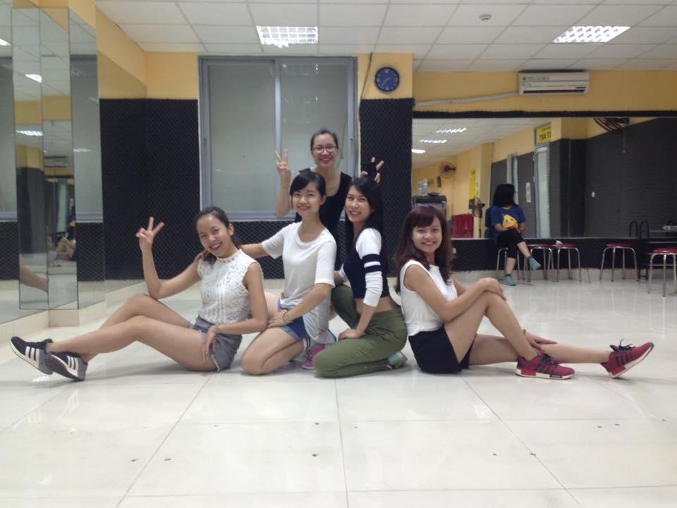 Tổng hợp thành quả lớp Shuffle Dance C47 tháng 10