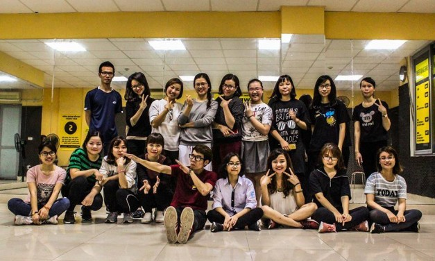 Lớp C47 [Shuffle Dance]: thứ 4-7 (18h15-19h45)