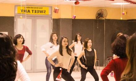 Lớp Cn357 [Sexy Dance]: thứ 3 – 5 – 7 (12h-13h15)