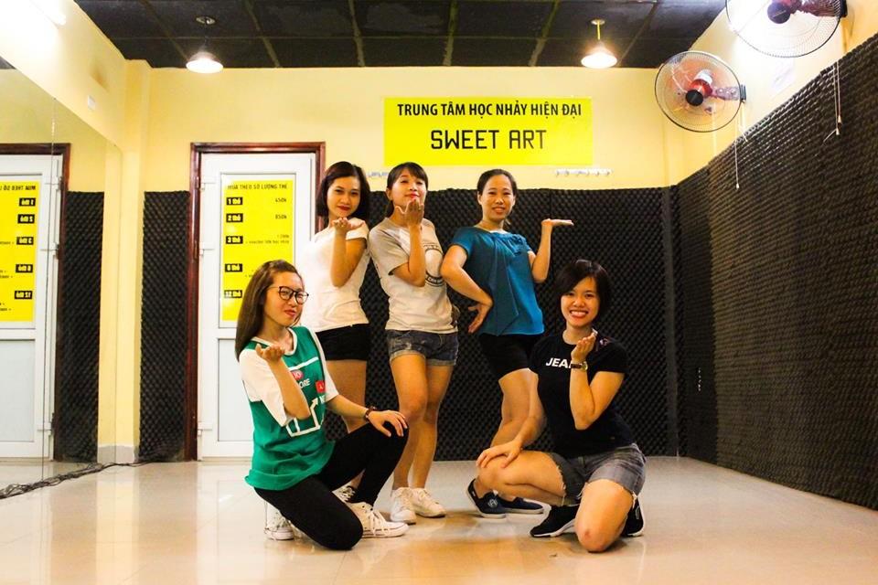 SEXY DANCE KN26 – SWEET ART