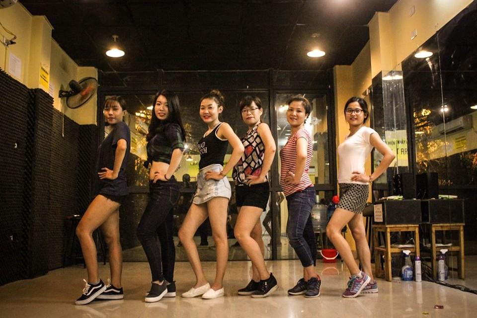Thành quả lớp Sexy Dance k47 cơ sở Trung Kính