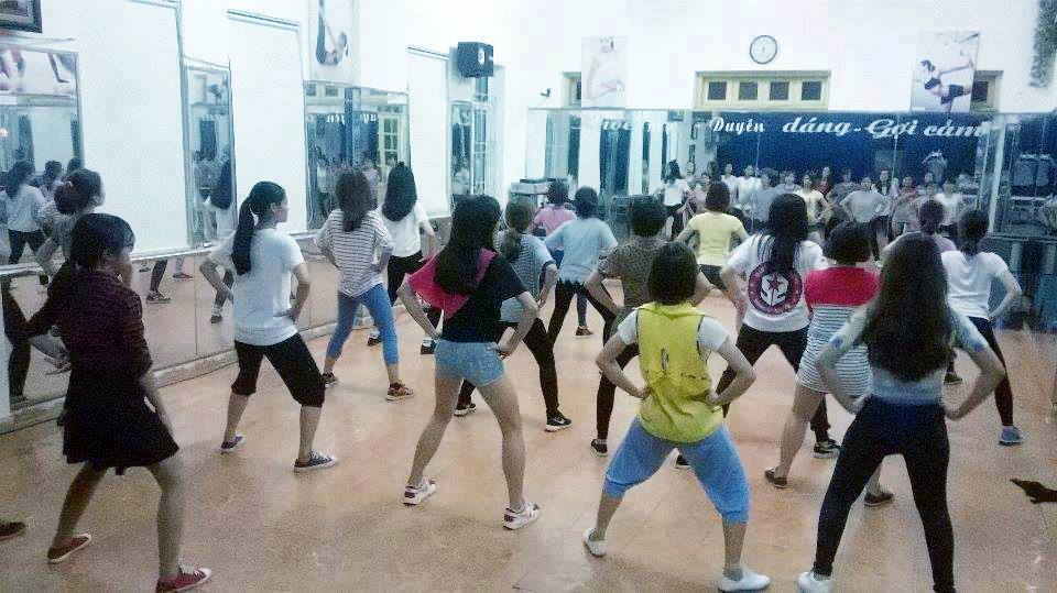 Tổng quan về tất cả các lớp học nhảy hiện đại trong tháng 6 này