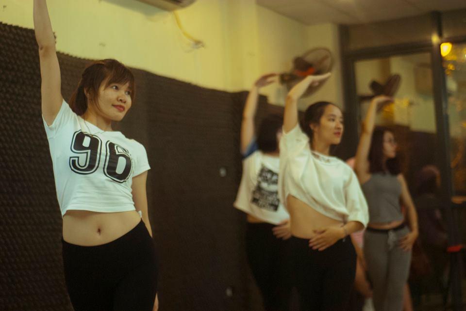 Tổng hợp thành quả lớp Sexy Dance K47 tháng 10