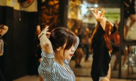 Clip bài học cho lớp sexy dance k47 tháng 4 này!!!