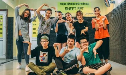 Giờ luyện tập trong lớp Shuffle Dance của thầy Vương